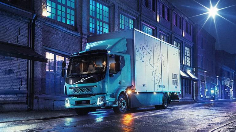 Στους δρόμους το πρώτο ηλεκτροκίνητο φορτηγό της Volvo