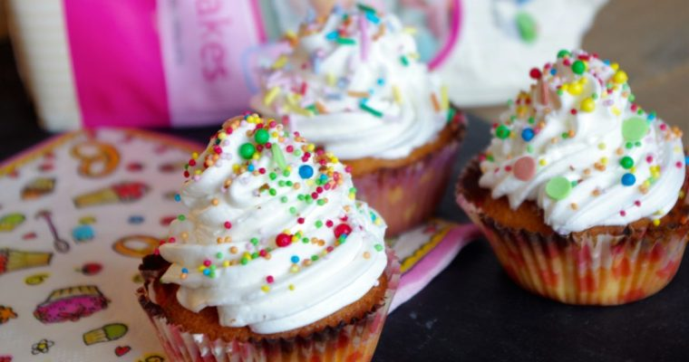 Cupcakes met Enchanted cream