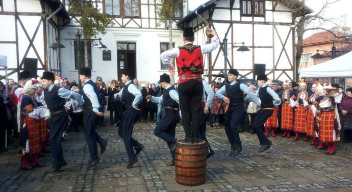 Враца празнува Трифон Зарезан