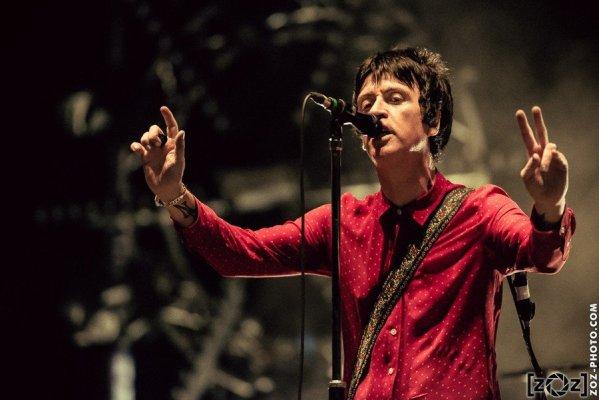 """Johnny Marr, festival """"Musiques en stock"""" (Cluses), le 4 juillet 2015."""