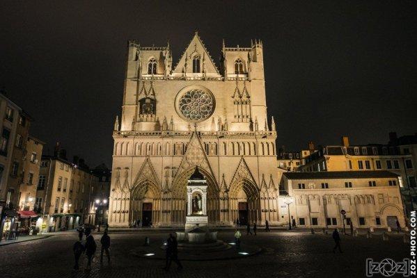 Cathédrale Saint-Jean (Lyon), cliché tiré de la série pour le projet de dessin.