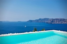 Katikies-Hotel-in-Santorini-Greece-6