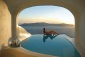 Katikies-Hotel-in-Santorini-Greece-7