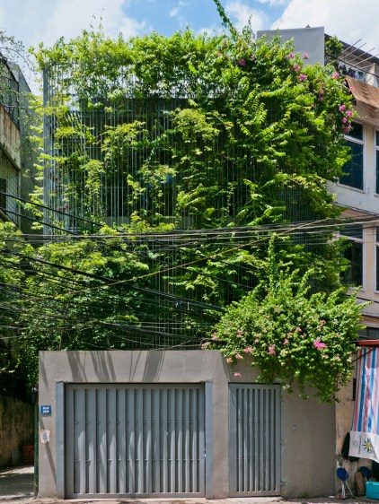 vo-trong-nghia-architects-green-renovation-hanoi-vietnam-designboom-02