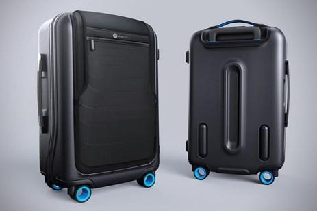 Bluesmart-Smart-Carry-On-Suitcase-2