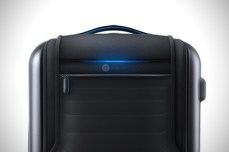 Bluesmart-Smart-Carry-On-Suitcase-3