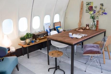 airbnb-KLM-plane-apartment-02