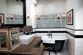 Old-Amsterdam-Garage-Turned-Into-Posh-Bacehlor-Pad-10