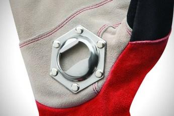 StoneBreaker-Tailgating-Glove-3