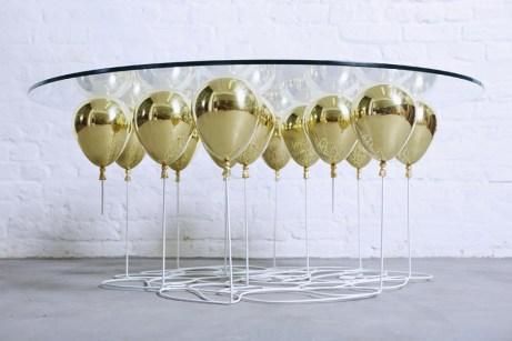 stol-z-balonov
