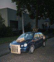 max-siedentopf-pimps-out-cars-at-night-with-cardboard-and-tape-designboom-04