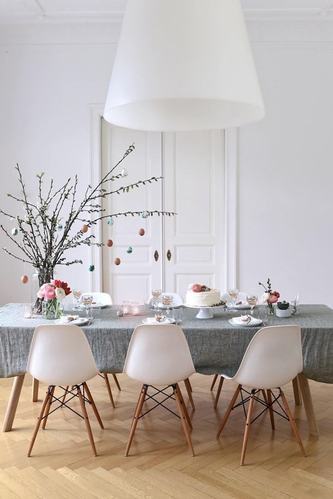 Easter+Brunch+Tabletop+on+decor8-1