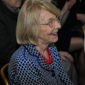 prof. Ewa Thompson