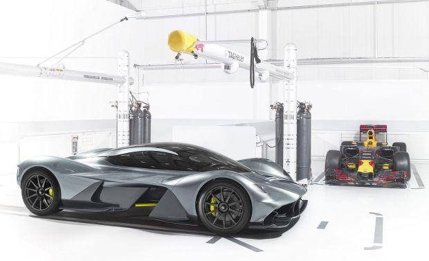 Гиперкар Aston Martin-Red Bull покажут в Торонто