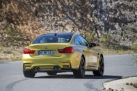 BMW_M4_Coupe_2014_35