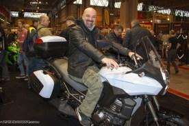 Yox tries a Kawasaki Versys
