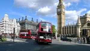anglia-ulica-autobusy-londyn