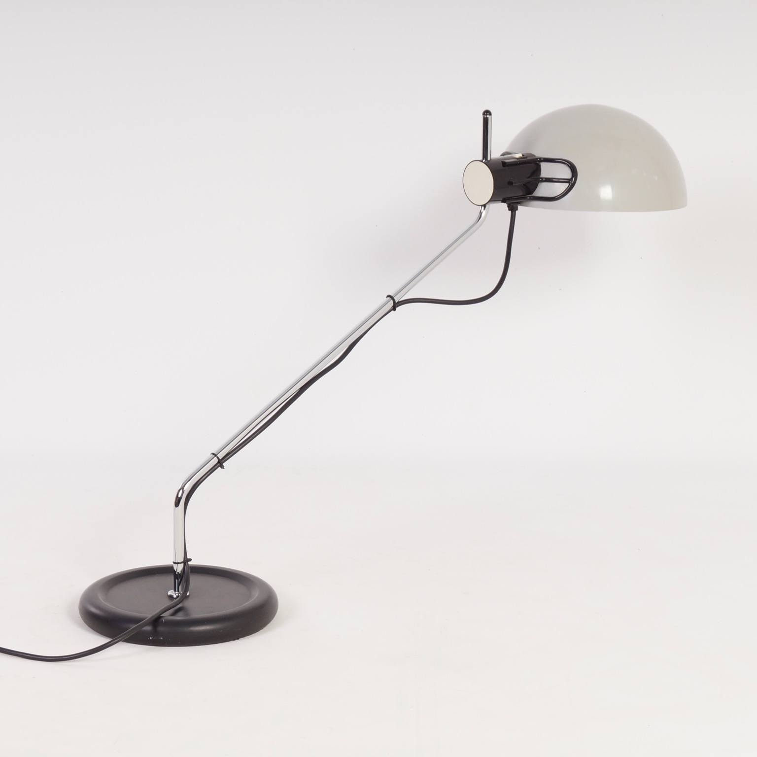 iGuzzini Desk Lamp