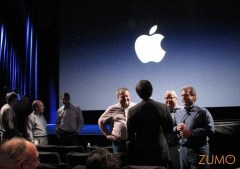 Executivos da Apple conversam antes do keynote