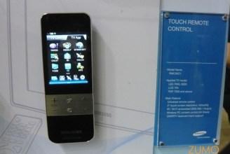 Controle remoto com tela sensível ao toque