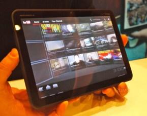 motorola-xoom-tablet-02