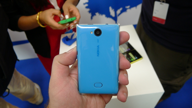 Nokia Asha 502 - 3