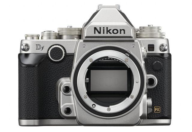 Nikon_Df_body_front