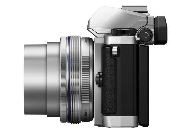 OMD_EM5_SILVER_lens_out