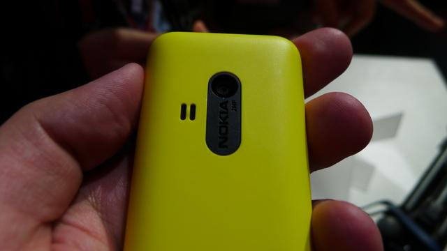 Nokia 220 - 3