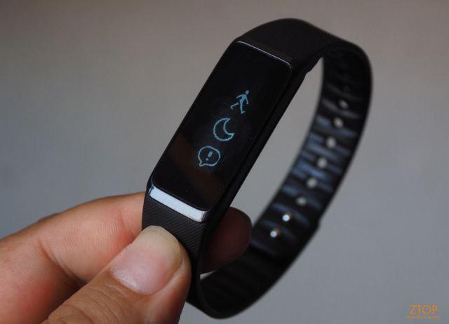 Acer_2014_smartband