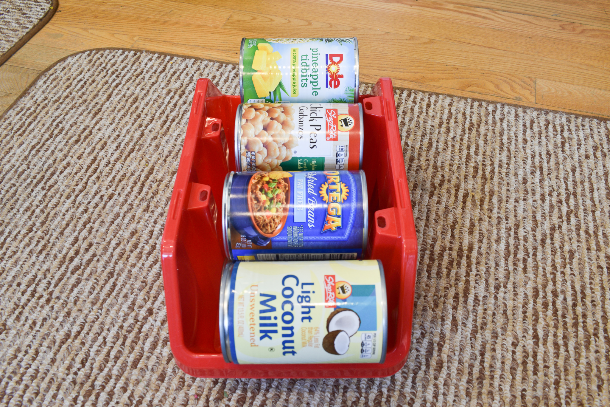 how to organize the pantry using dollar tree can storage containers