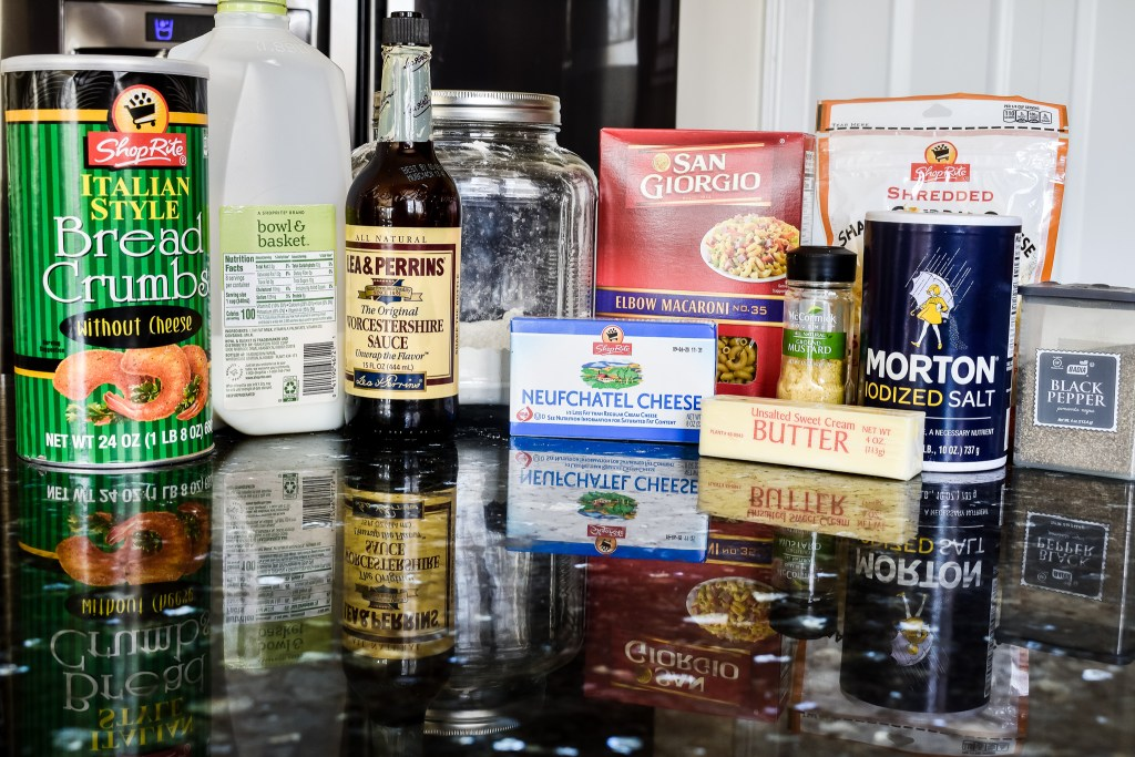 Ingredients needed to make baked macaroni and cheese