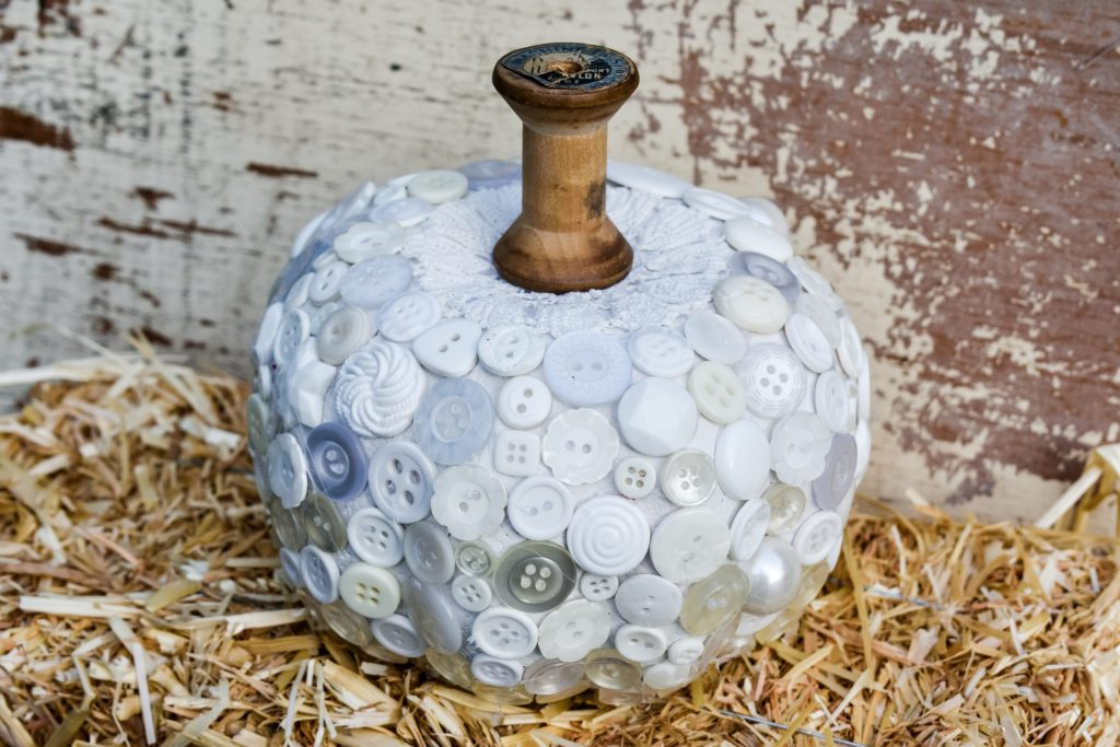DIY Dollar Tree Fall pumpkin makeover with buttons