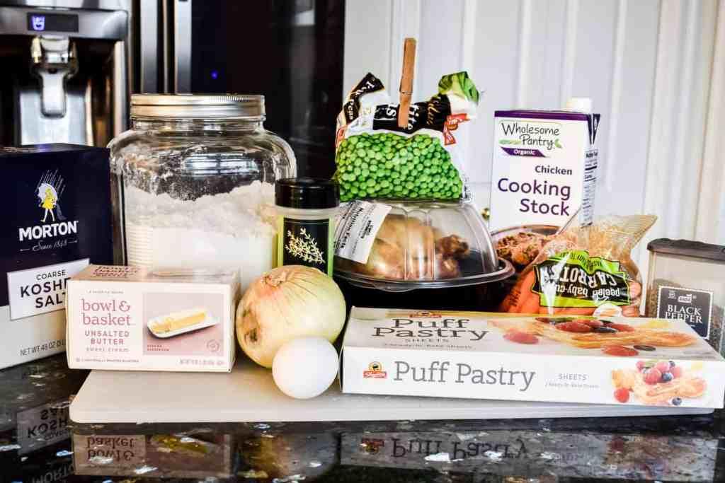 ingredients to make chicken pot pie casserole