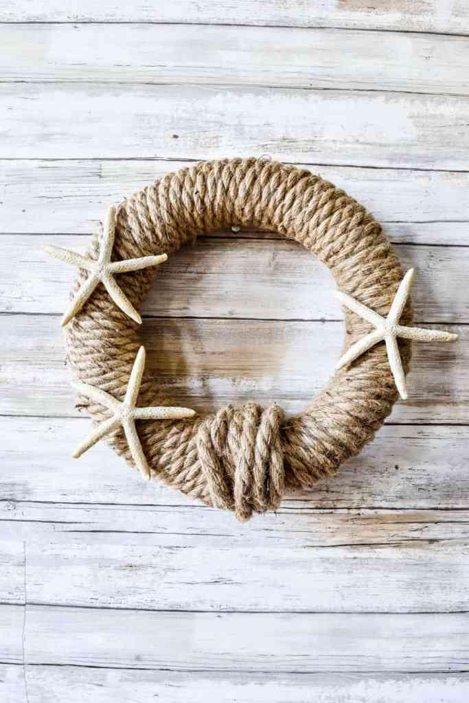 DIY Nautical Rope Wreath with 3 starfish