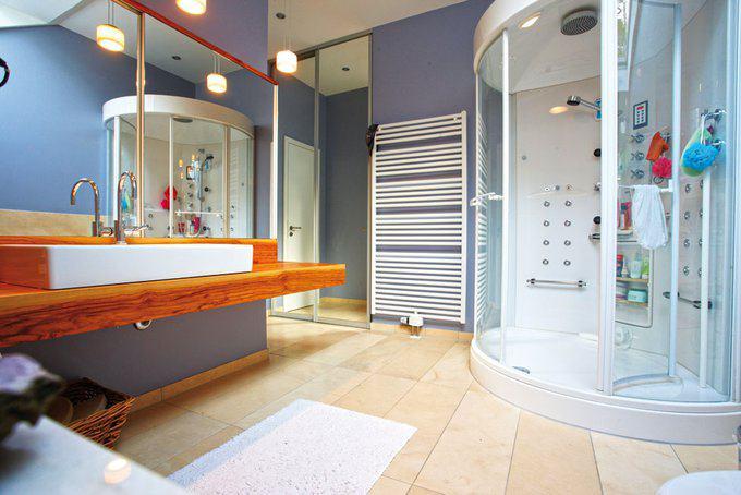 Ankleide Bad und Schlafzimmer als WellnessEinheit  zuhause3de