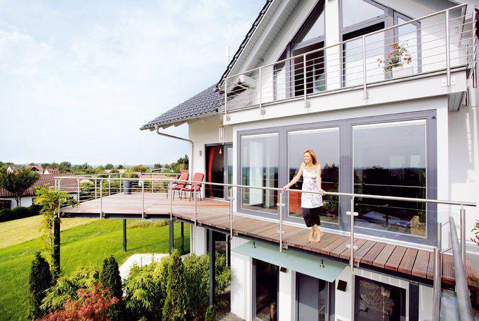 Modernes Energiesparhaus von Schwrer  zuhause3de