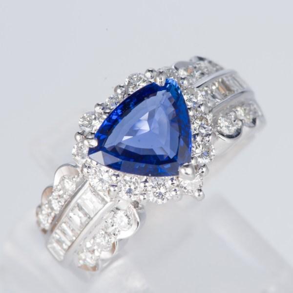 サファイアxダイヤモンド プラチナリング S: 1.62 ct D: 1.03ct Pt900