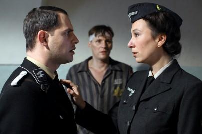 Moritz Bleibtreu, Georg Friedrich, Ursula Strauss in: Mein bester Feind. Bild: Berlinale / Filmladen/Petro Domenigg FILMSTILLS.AT