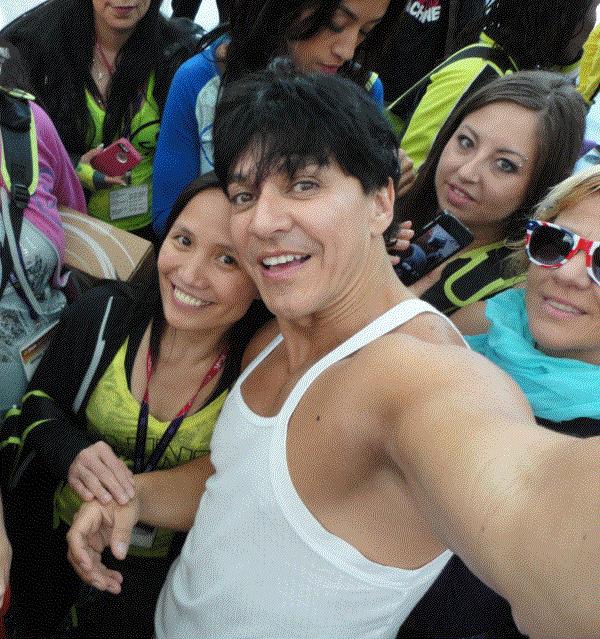 selfie Alberto Beto Pérez and racquel bulleser Zumba oostende zumba conference LA 2014