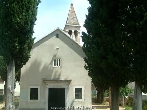 Gospa od anđela-župna crkva u Trogiru