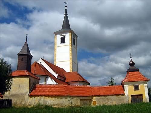 Gospa Snježna-župna crkva u Belcu