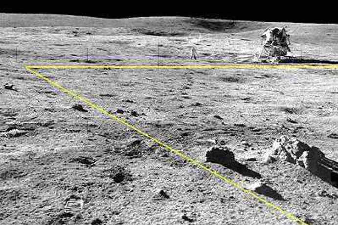 Resultado de imagen para sombras en la luna
