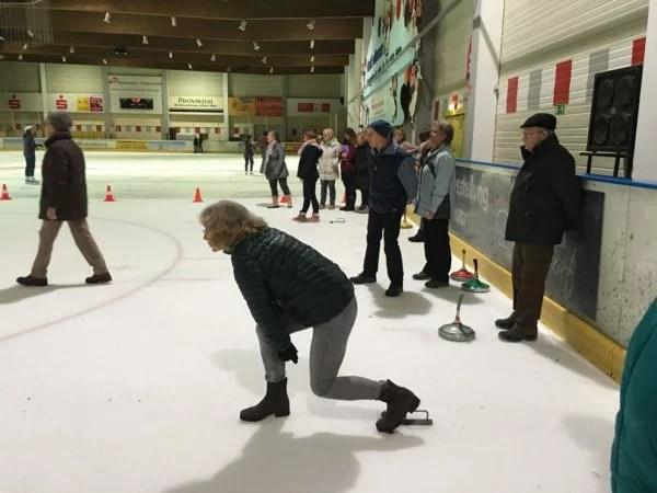Eisstockschießen in Benrath
