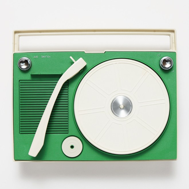 japanese-portable-record-players-10