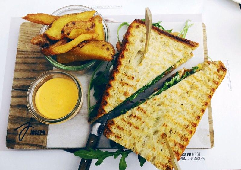 club sandwich von joseph genuss