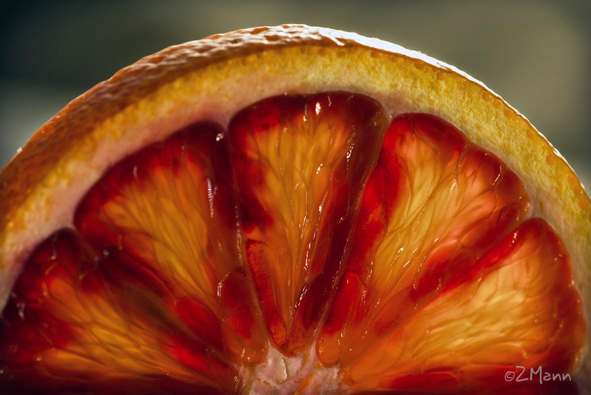 z widokiem na stół | czerwone pomarańcze