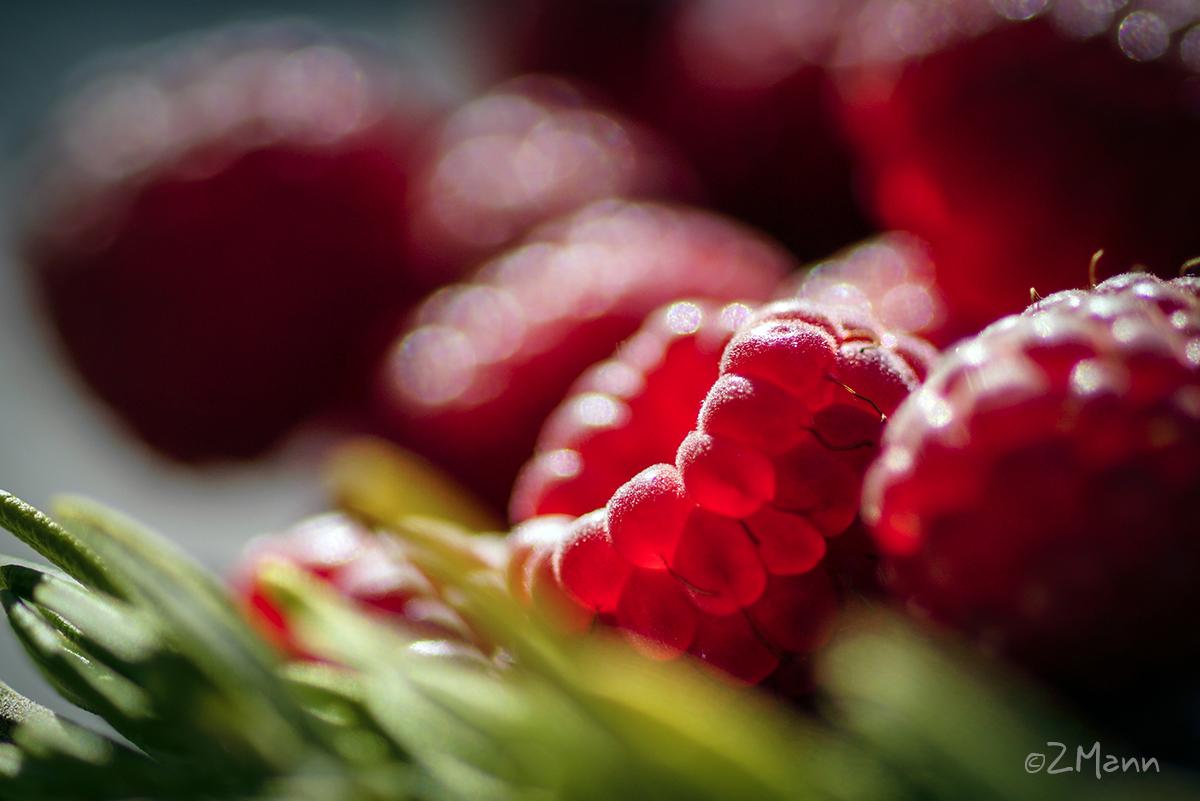 z widokiem na stół   dżem truskawkowy
