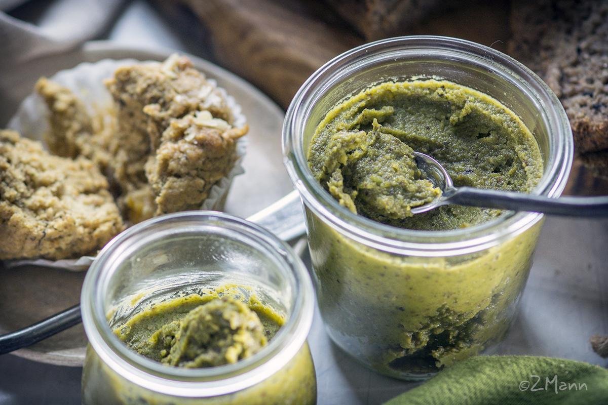 z widokiem na stół | masło pistacjowe