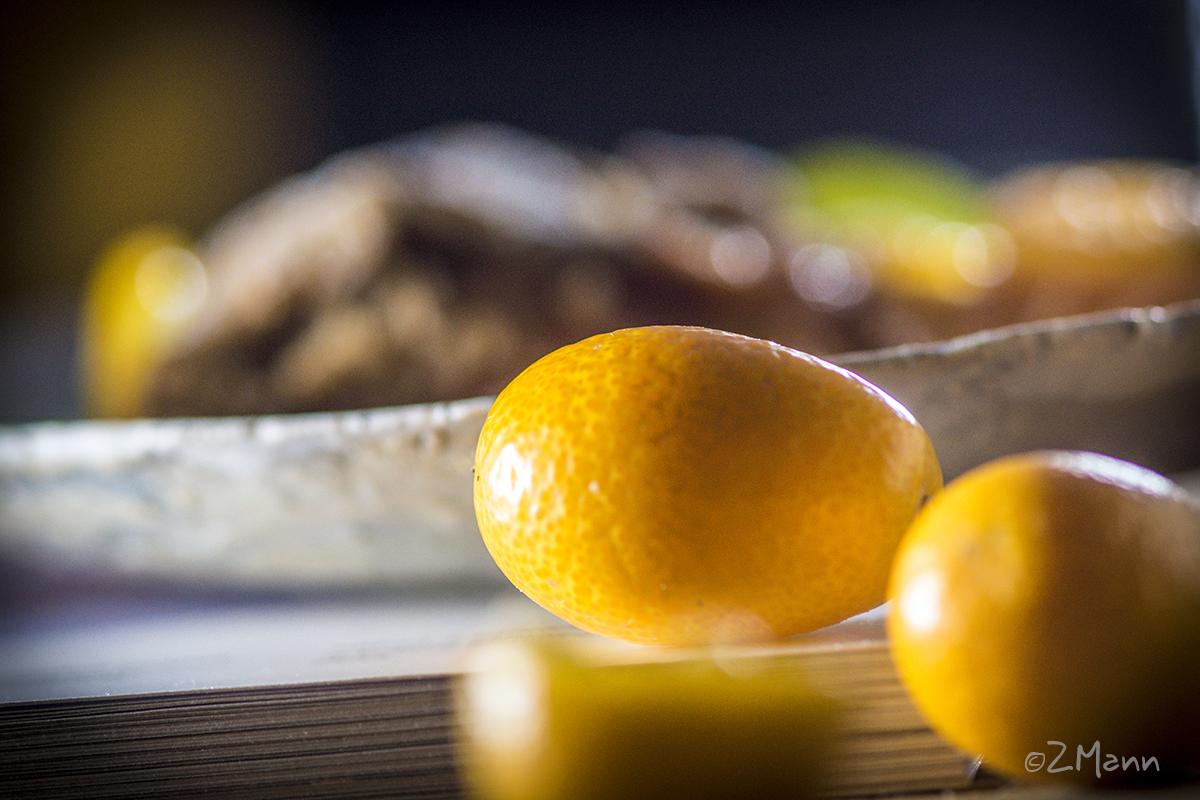 z widokiem naz widokiem na stół | śródziemnomorskość stół | galette z pomarańczami